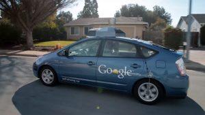 Googles førerløse bil - Google Prius. Teknologikritik.dk